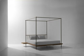 DISTRIKT CANOPY BED